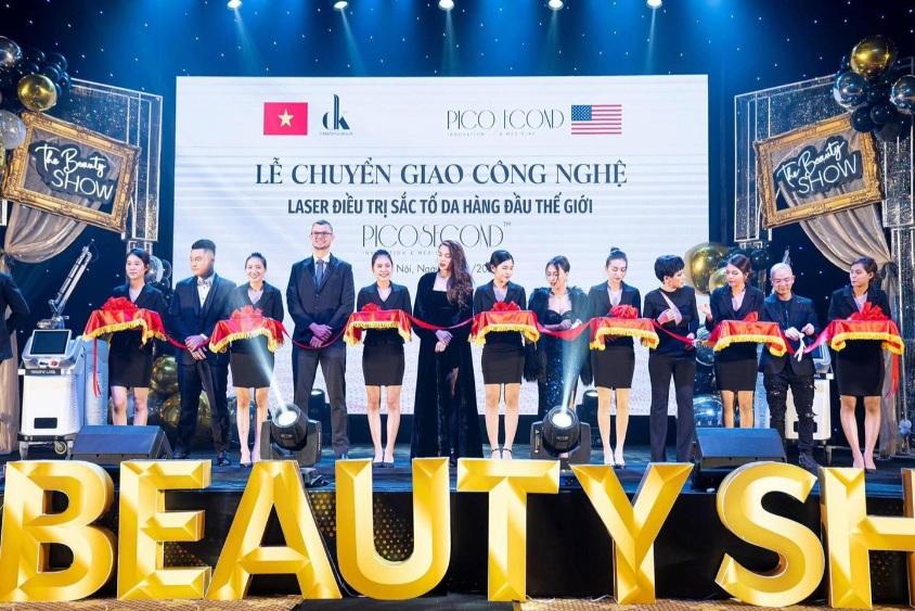 Tiệc công ty thành công tại Trống Đồng Palace