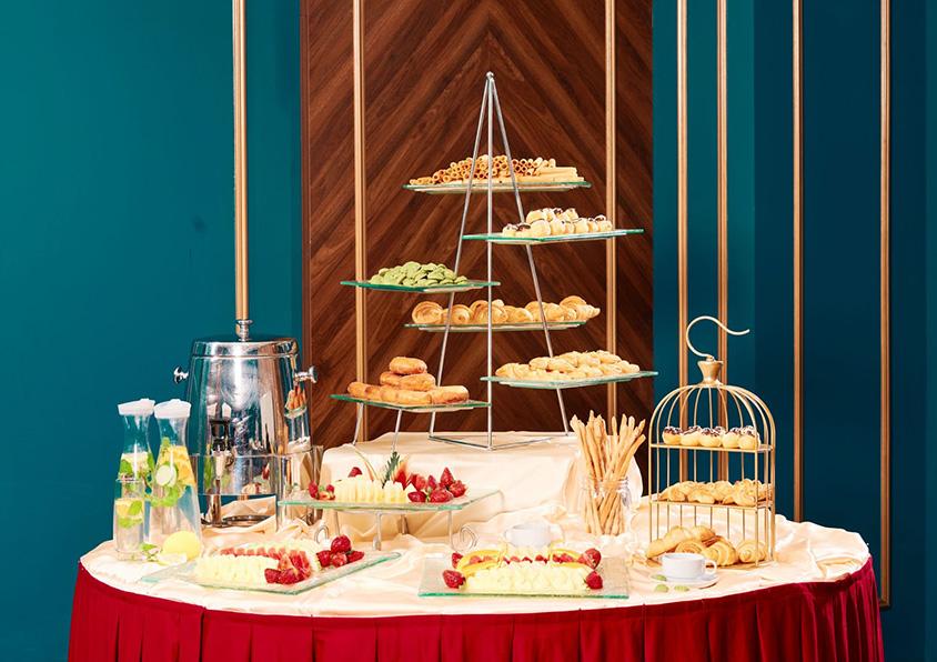 Thực đơn tiệc trà đám cưới hấp dẫn tại Trống Đồng Palace