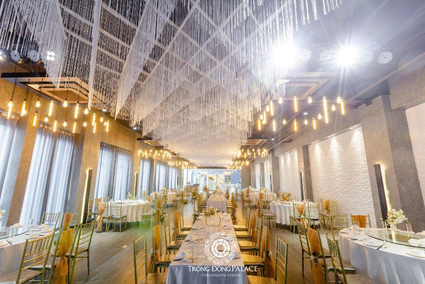 Địa điểm tổ chức tiệc tất niên công ty Trống Đồng Palace
