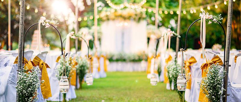 Trang trí là một trong các yếu tố ảnh hưởng đến chi phí tiệc cưới buffet