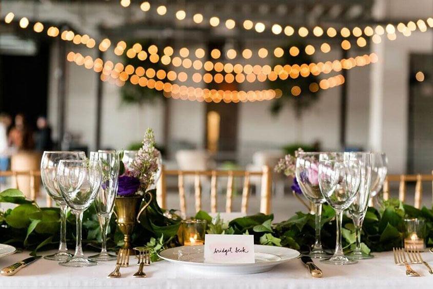Không gian tiệc cưới được chuẩn bị chỉn chu
