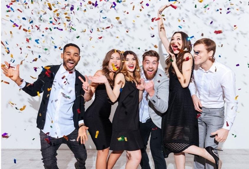 Tiệc tất niên công ty tăng tình đoàn kết của nhân viên
