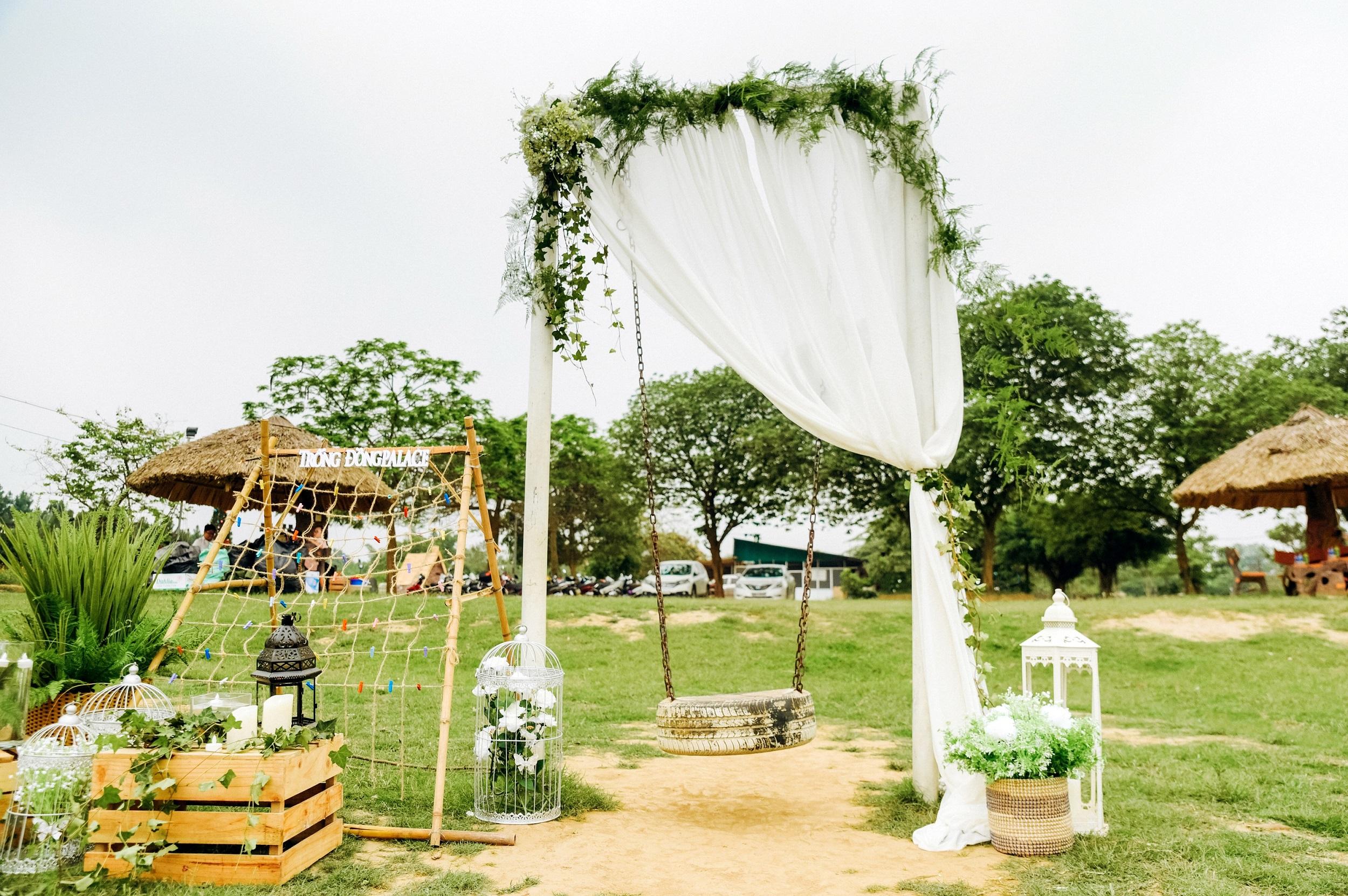 Không gian tổ chức sự kiện cưới hỏi ngoài trời