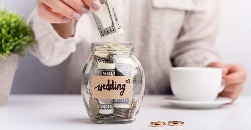Tính toàn ngân sách cho đám cưới